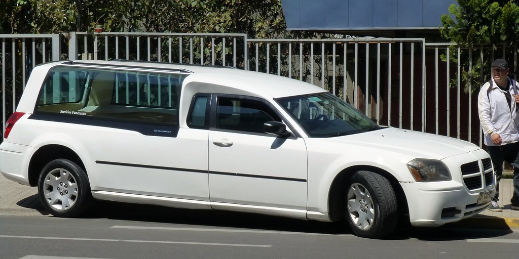 Signs That Indicate You've Hired The Wrong Limo Company